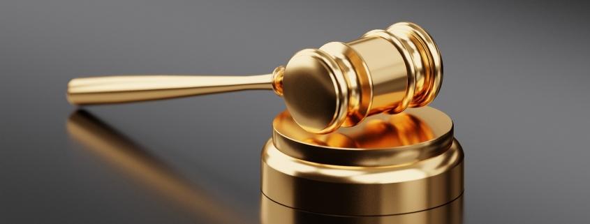 De bij de wet aangewezen rechter in Spanje